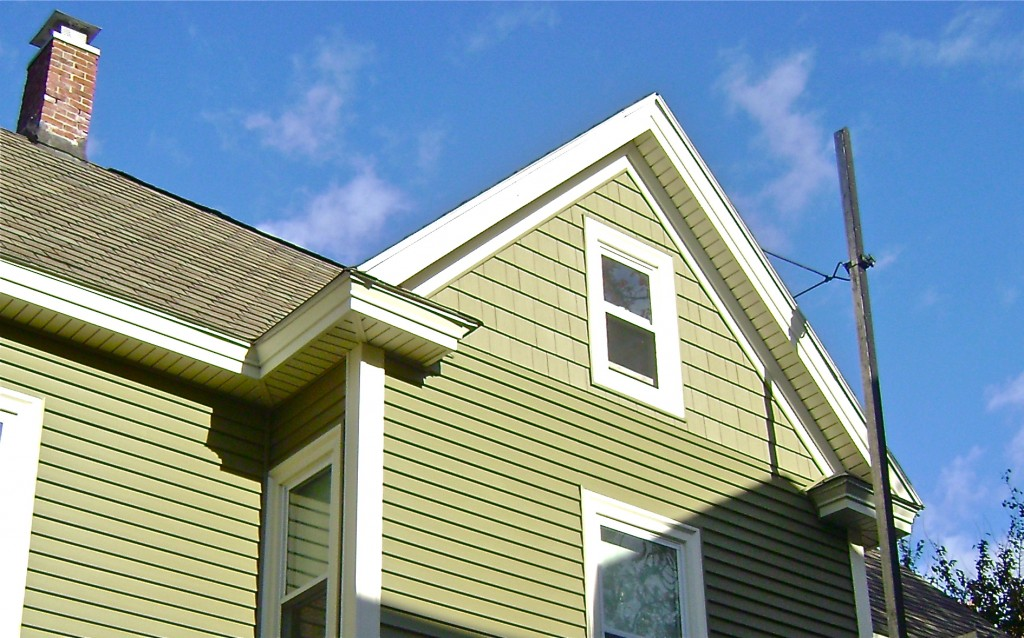 Gorgeous siding remodel job in lowell ma for Certainteed siding